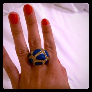 Jewelry - Blue cocktail ring